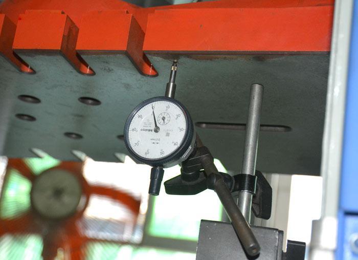 模高测量精度仪表